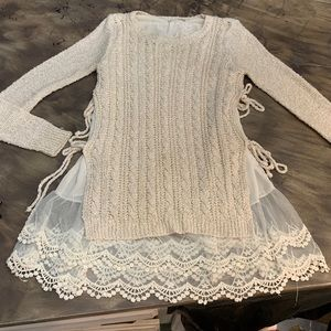 Altard State Romantic 2 layer ivory sweater M/L